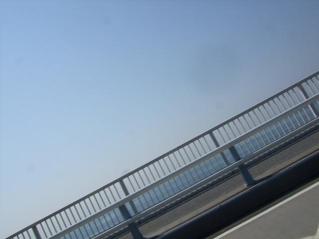 02_Nb_1箱根_15西湘バイパスから海。