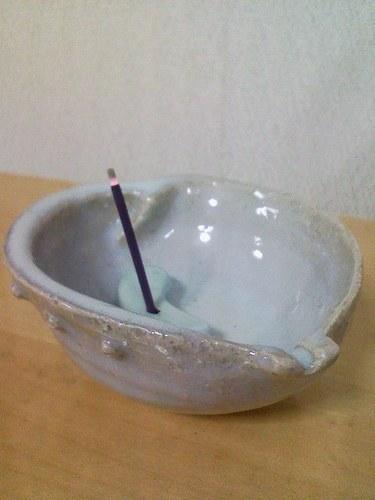 2_4.青萩焼のお香立て(横)